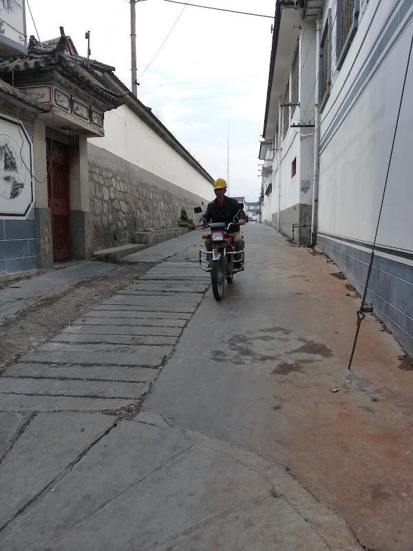 Chine .Yunnan. Dali ,petite randonnée au temple de Zhong he 3 - P1170660.JPG