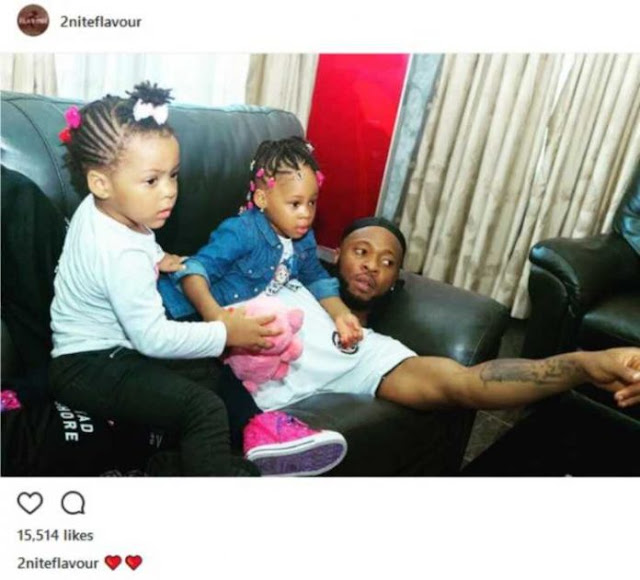 Flavour Pictured With His Daughters, Gabrielle And Sophia