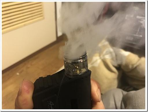 IMG 3111 thumb - 【味出ます】AUGVAPE MerlinRDTAの紹介レビュー!なにこれ怖いってレベルの爆煙!そりゃ0.2Ωで組んだら大変なことになるよね~の巻【ミスト超出ます/VAPE/RDTA/電子タバコ】