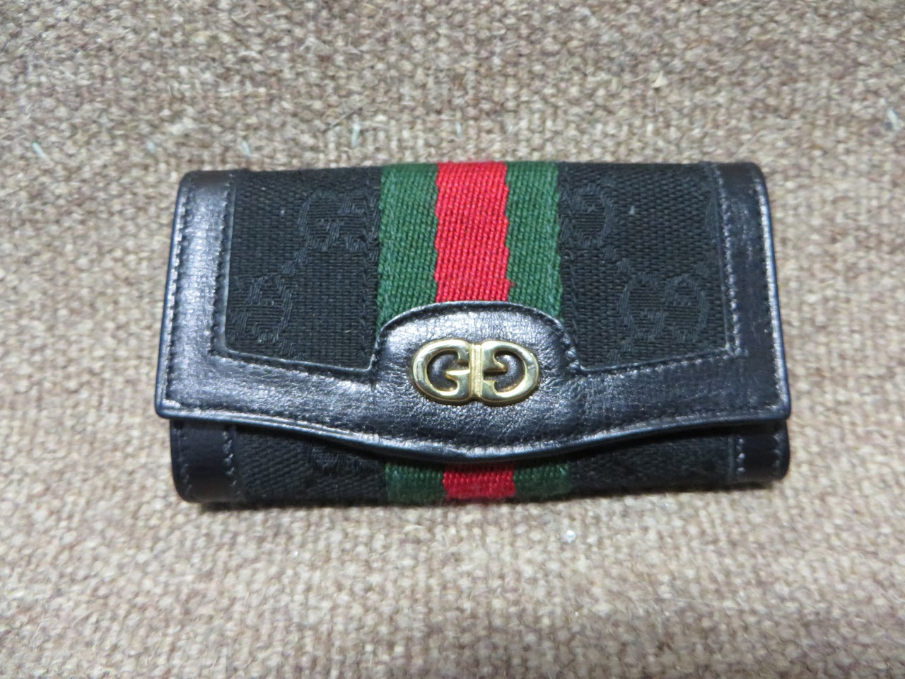 Gucci Logo Key Holder
