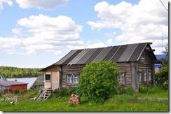 1 maison de rondins