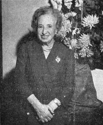 La señora Soriano Fischer al final de sus dias. Oficema. Diciembre 1961.tif