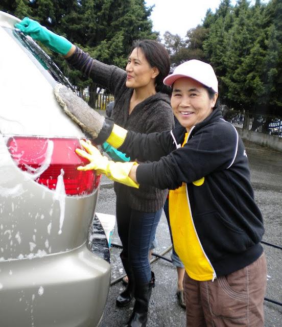 ANNUAL CAR WASH FUNDRAISER - 2011 - car%2Bwash-July%2B17%252C%2B2011%2B021.jpg