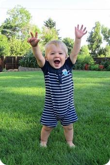 Henry 11 month Portraits_thumb