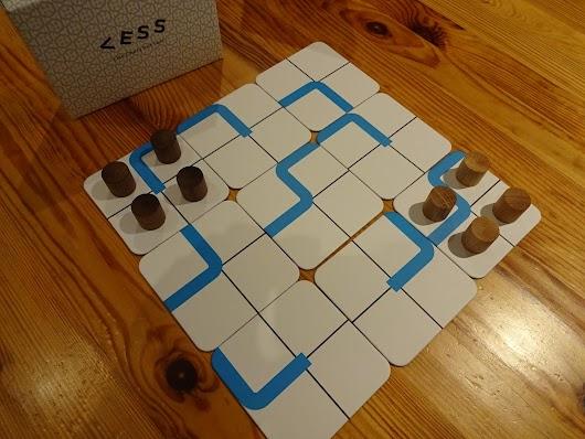 Igrali smo: Less