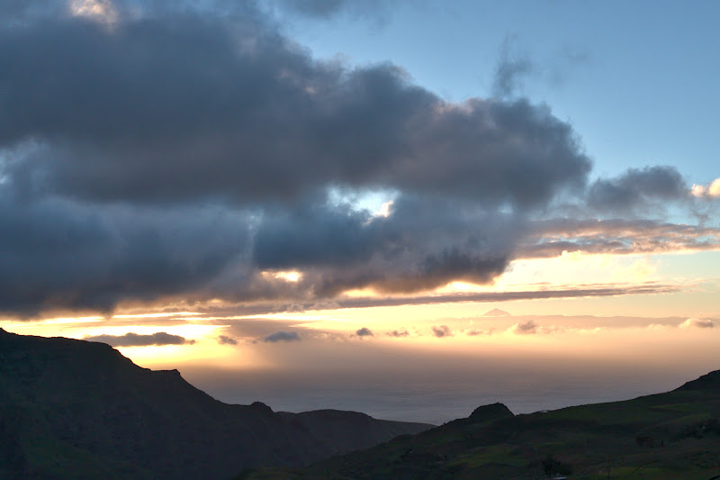 La apus, cu Teide in fundal.