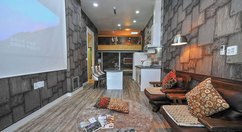 Sokcho Esher House Pension