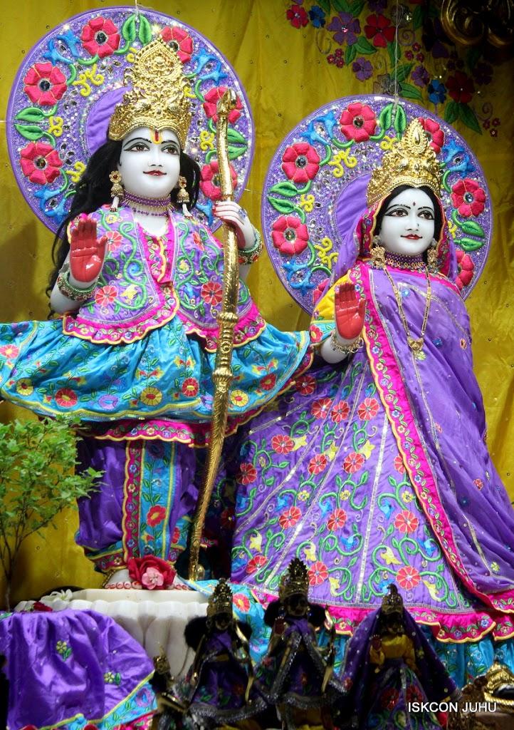 ISKCON Juhu Mangal Deity Darshan on 10th July 2016 (15)