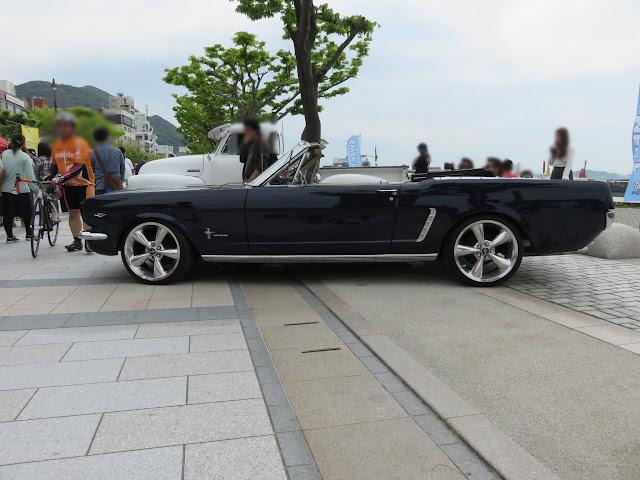 フォードマスタングコンバーチブル-サイドスタイル