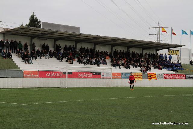 c5696ae25d4c9 La Real Federación de Fútbol del Principado de Asturias alcanzó un acuerdo  con el Ayuntamiento de Gijón para que el consistorio cediese la parcela  anexa a ...