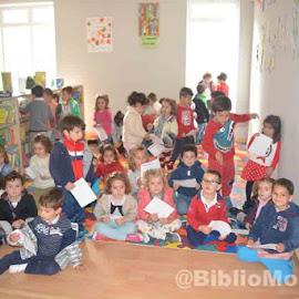 Visita del CEIP Virgen de Barbaño a la Biblioteca de Montijo