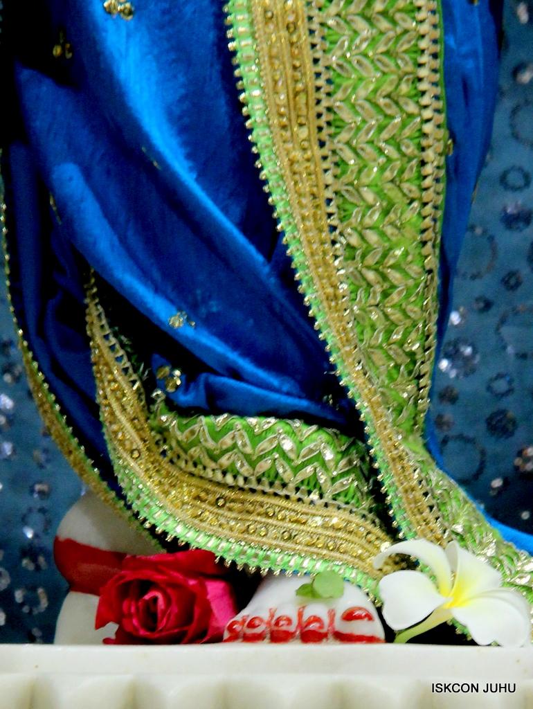 ISKCON Juhu Mangal Deity Darshan on 5th Sep 2016 (38)