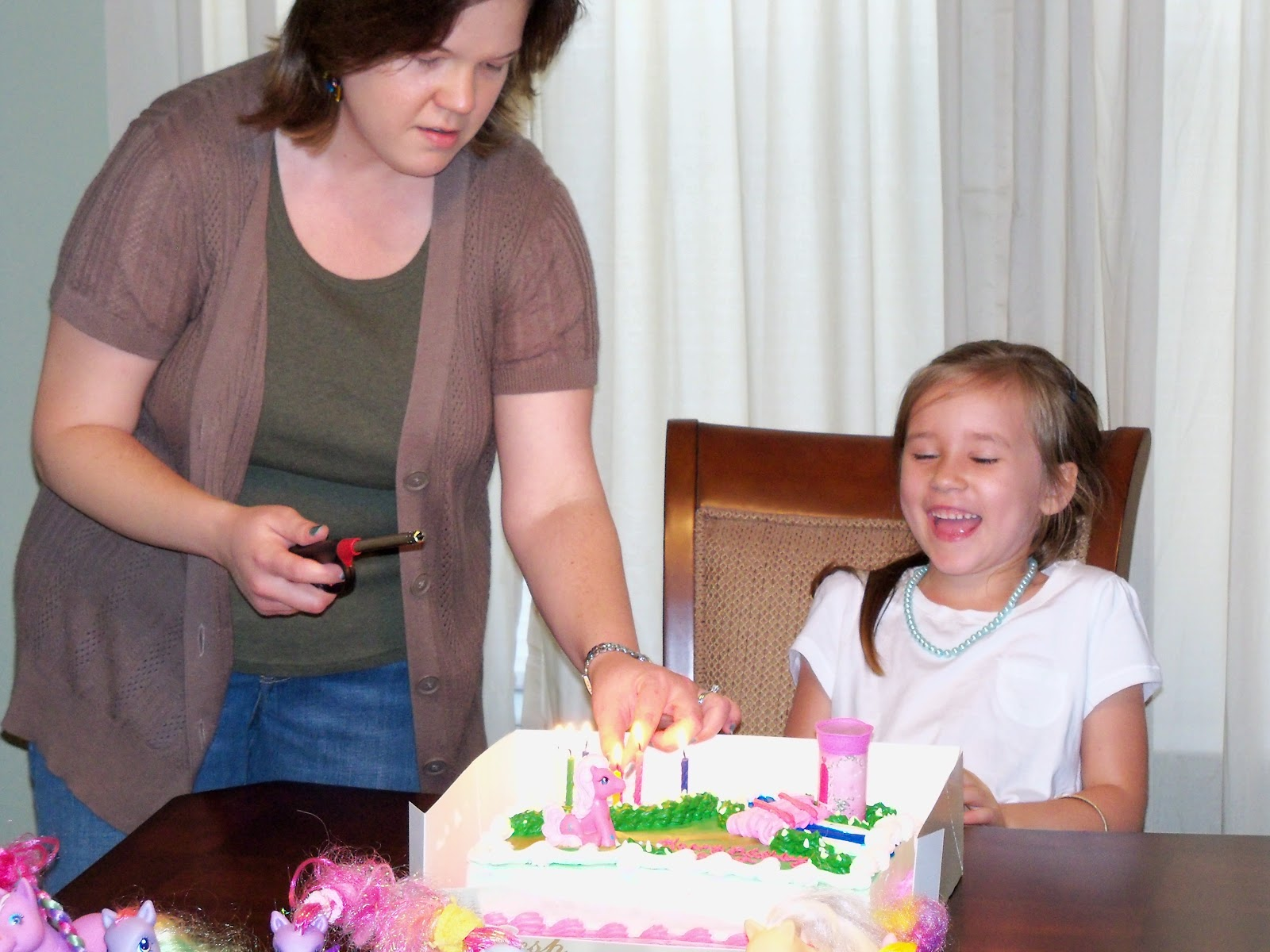 Corinas Birthday Party 2011 - 100_6928.JPG