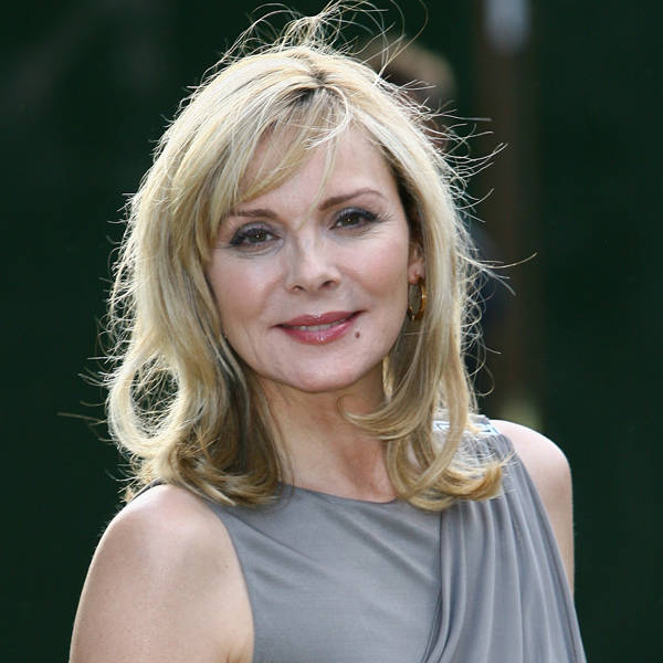 Kim Cattrall: English-Canadian actress Kim Cattrall has been married three times. Beyond this, the head turner has been linked with former Canadian PM Pierre Elliott Trudeau, musician Gerald Casale, French public intellectual and author Bernard-Henri Levy and actor Daniel Benzali.