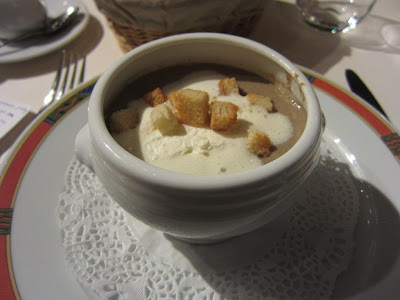 Leon de Lyon -- Cream of mushroom soup, homemade croutons, and chevre