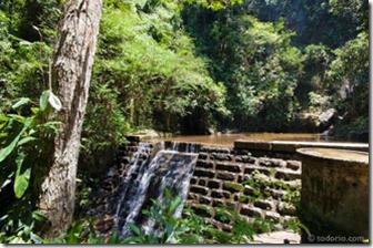 cachoeira-do-quebra-horto-2