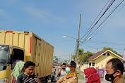 DPAC GANN dan Kecamatan Tigaraksa Bagikan Masker Gratis