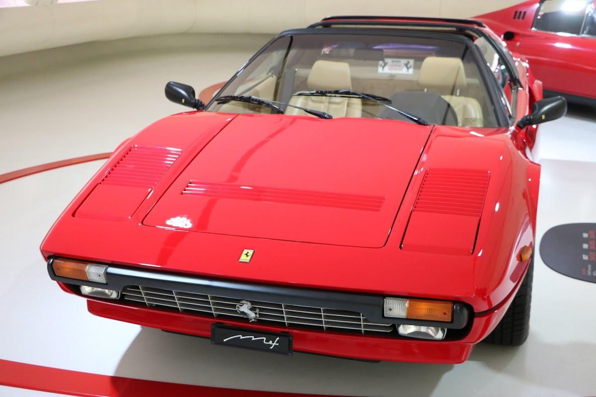 Modena - Enzo Museum 0059 - 1977 Ferrari 308 GTS.jpg