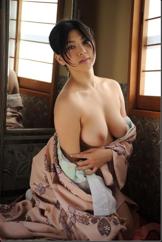 Saori Hara in Kimono_246748-0053