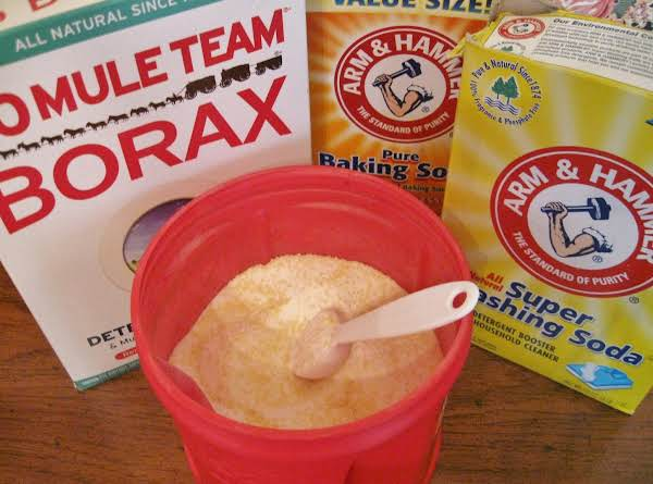 Make Your Own Laundry Detergent !