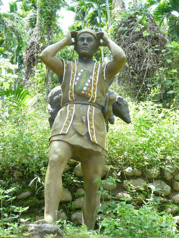 Puli  en passant , entre autres, par les villages de l ethnie Bunum de Loloko et Dili. J 10 - P1160854.JPG