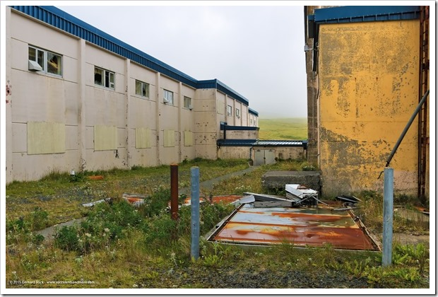 150908_Adak_ClamLagoon_building1_WM