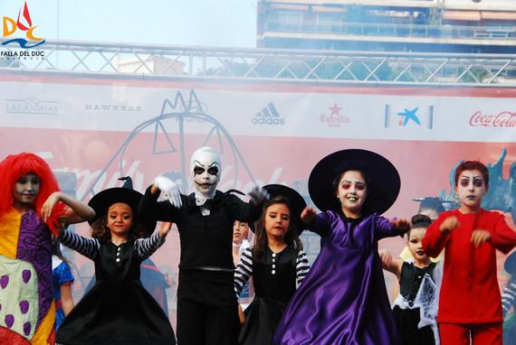 """Brillante actuación del """"Duc de Play back"""" infantil en la gran fiesta del Valencia CF"""