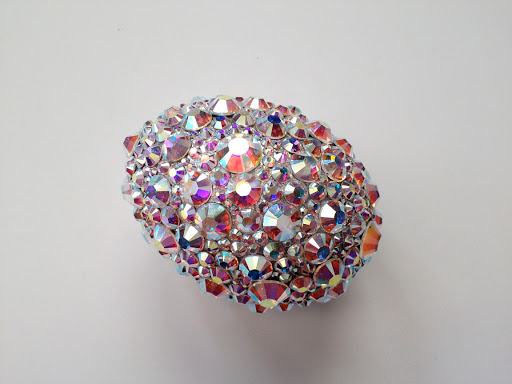 The finished crystal rhinestone egg!
