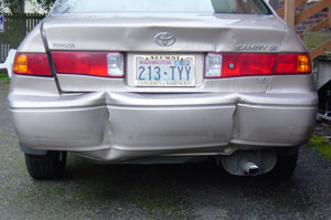 Photo of my old, poor, destroyed toyota. Photo taken on March 21, 2007.
