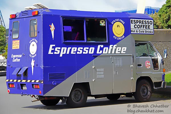 Espresso coffee on wheels at Frank Kitts Park of Wellington [New Zealand]