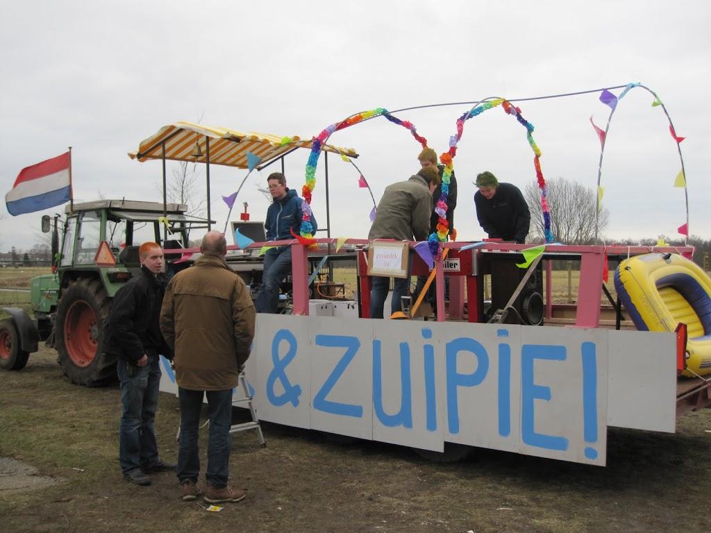 Welpen - Knutselen carnaval - IMG_5392.JPG