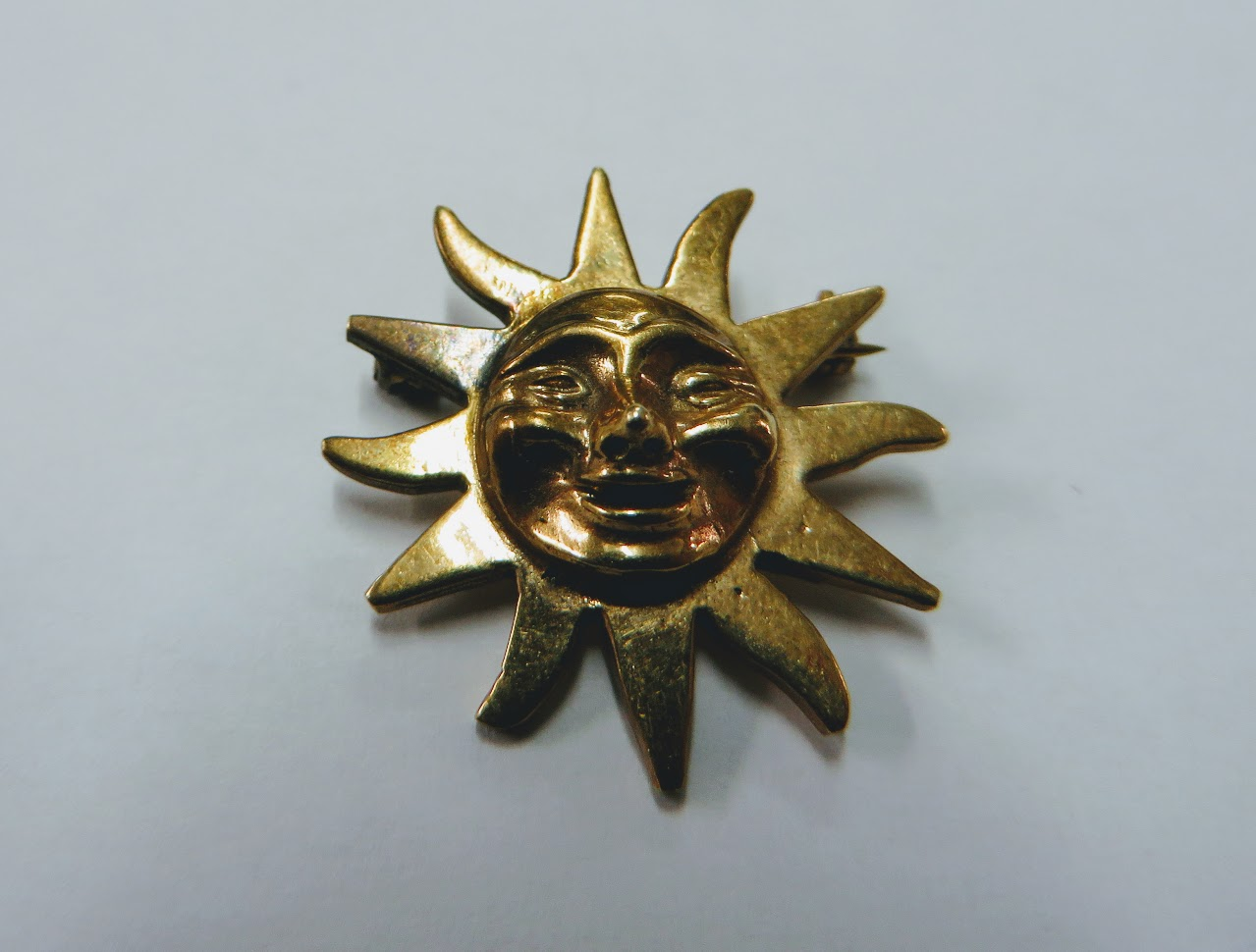 14 K Gold Sun Brooch