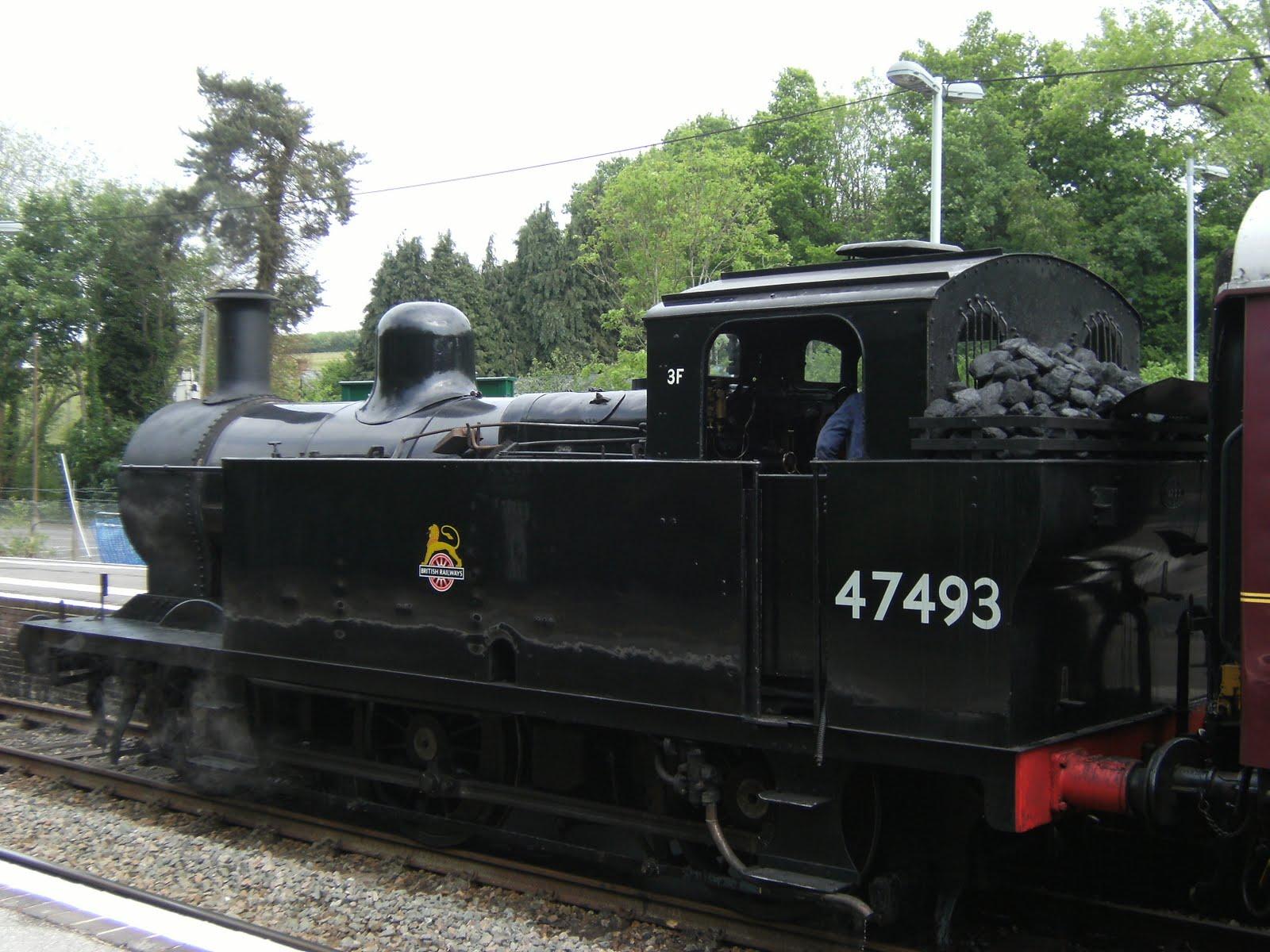DSCF7790 The 1110 ready to depart for Tunbridge Wells West