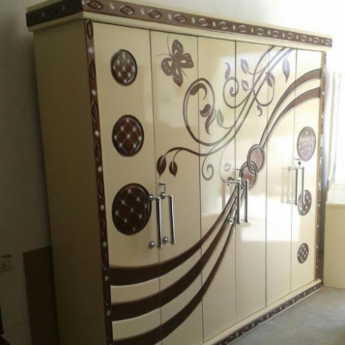 صور غرف نوم خشبية يمنية الصنع غرف نوم جلخ نحت سويدي سرائر سويدي