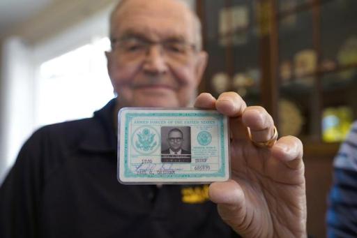"""بعد 53 عاماً """"جندي أميركي يستعيد محفظته من القارة القطبية الجنوبية"""""""