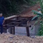 Prefeito Zito Barbosa vistoria obra em fase conclusiva da nova ponte na localidade de Palmeiras