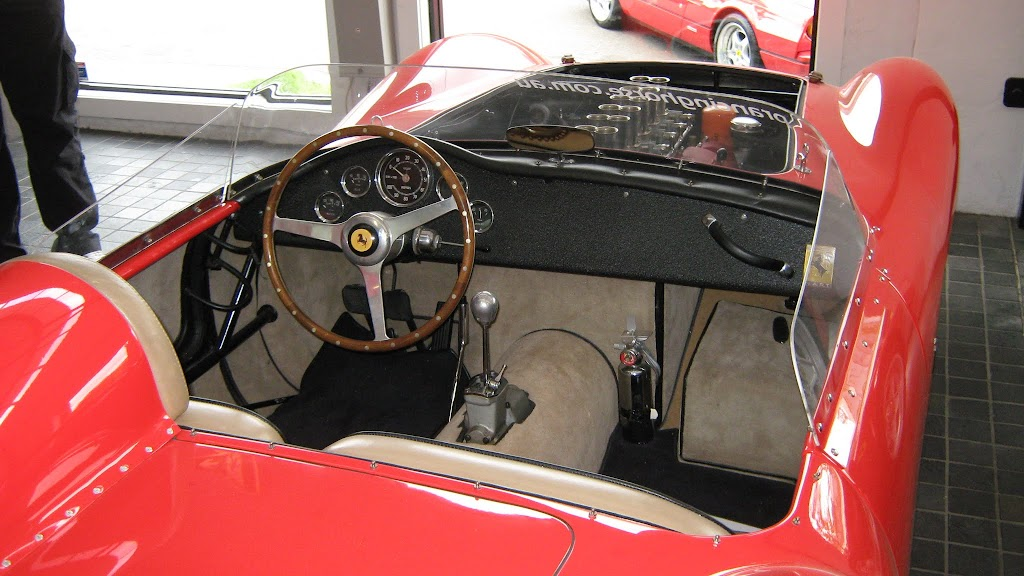 0120Prancing Horse Drive Day - 250 GTO Replica