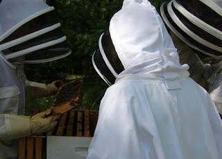 PLC Beekeeping Class 5/20/18 - IMG_8120.jpg