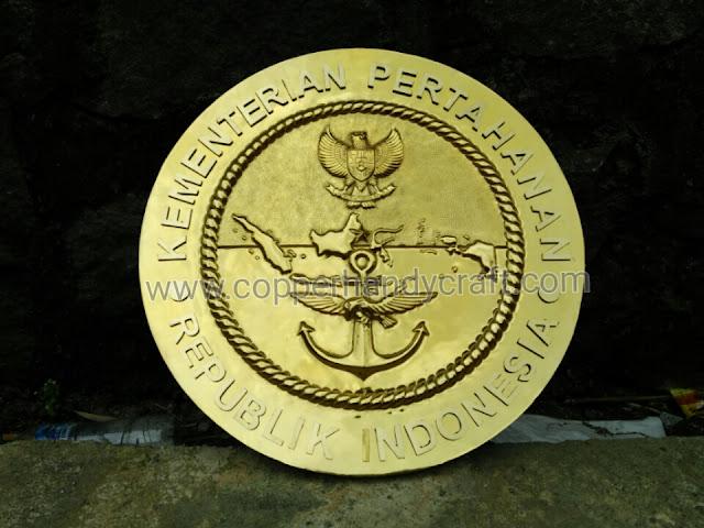 Kerajinan-Logo-Tembaga-Kuningan
