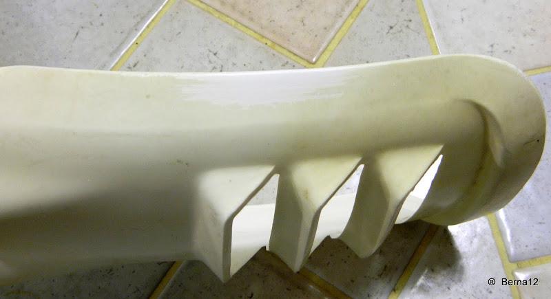 r cup ration plastique vielli et jauni berna12. Black Bedroom Furniture Sets. Home Design Ideas