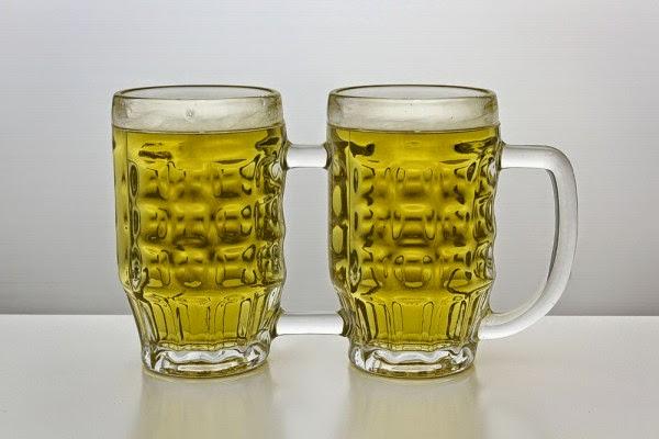 一度で二度おいしいビールジョッキ