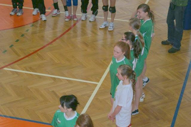 Zawody siatkarskie dziewczat 1 marca 2011 - DSC09276_1.JPG