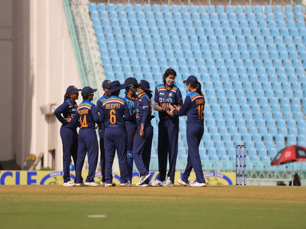 Indian women cricketers' first dose of COVID-19 vaccination completed, second jab to be given in UK