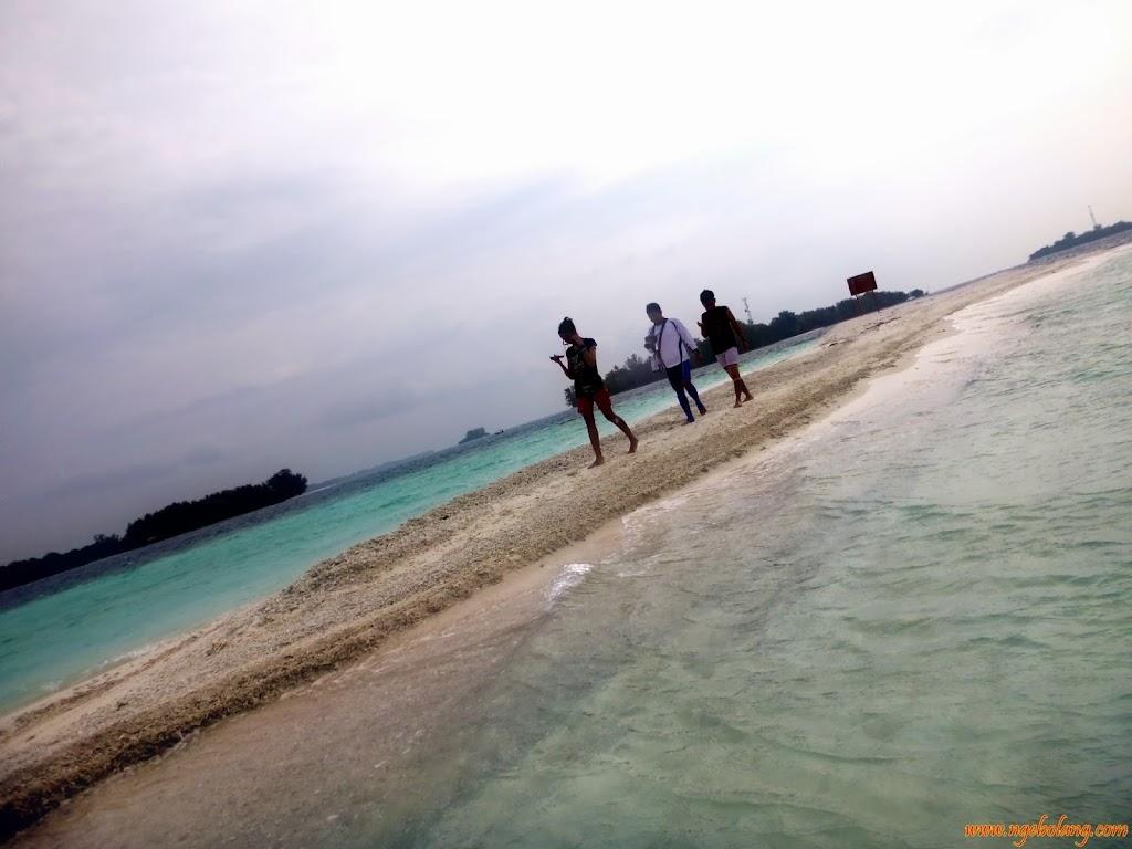 ngebolang-pulau-harapan-singletrip-nov-2013-wa-20 ngebolang-trip