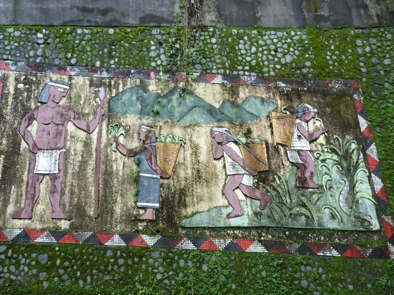 Puli  en passant , entre autres, par les villages de l ethnie Bunum de Loloko et Dili. J 10 - P1170189.JPG