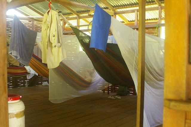 Les Carbets du Bord. Saül (Guyane). 30 novembre 2011. Photo : J.-M. Gayman
