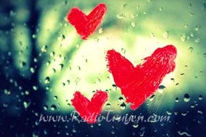 Em chẳng muốn yêu anh đâu, nhưng vì sao em không dừng lại được?