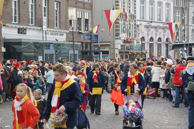 2012-02-19 tm 21 Carnaval in Oeteldonk - DSC04121.JPG