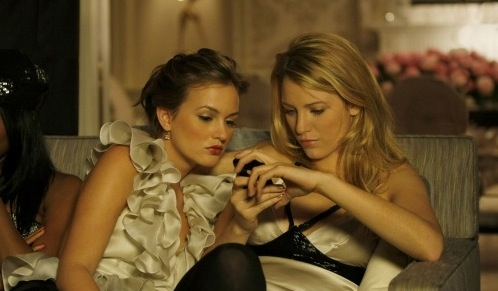 Blake Lively and Leighton Meester - Page 5 Serena-and-blair-pic