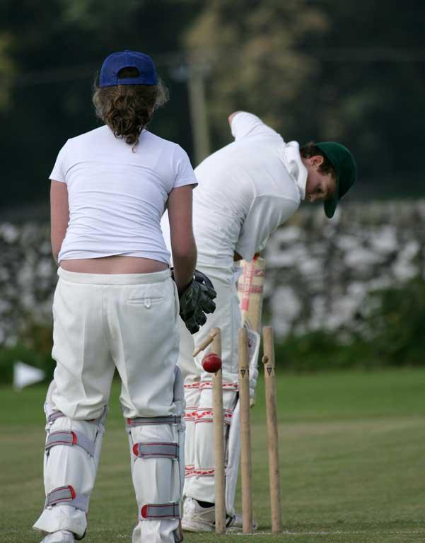 Cricket-Ladies12